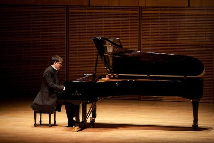 Ərəb pianoçu Muğam Mərkəzində konsert verəcək