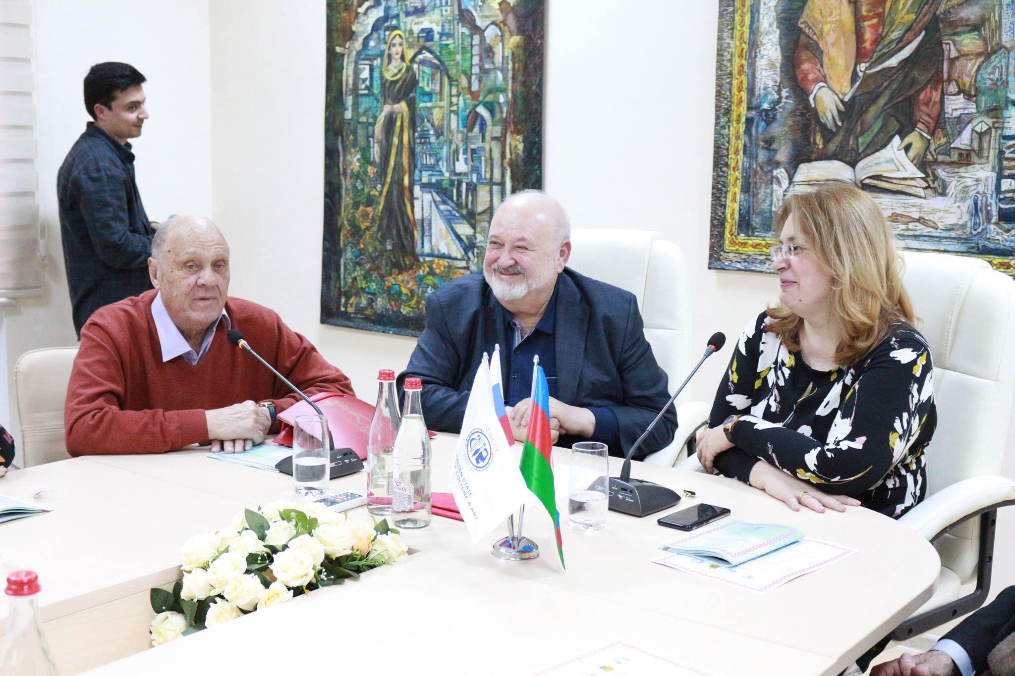"""Vladimir Menşov Bakıda - <span style=""""color:red;"""">Foto"""