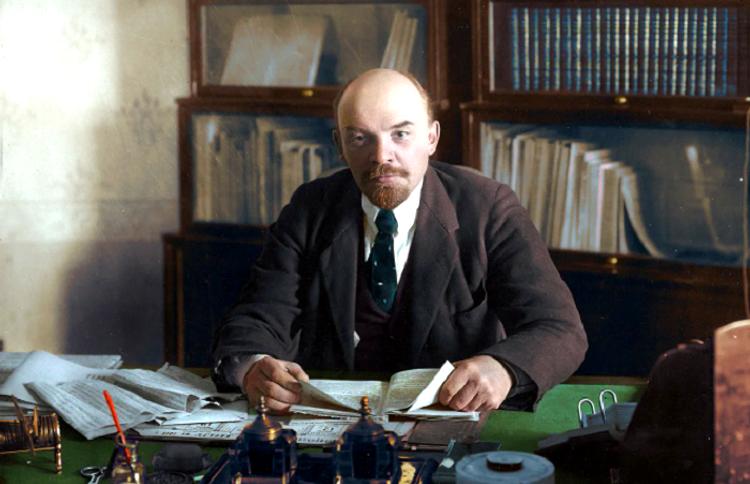 Alman casusu, inqilabdan yan keçən fırıldaqçı və homoseksual – Lenin haqqında qan donduran faktlar