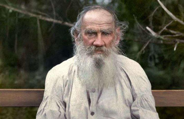 Tolstoyu ən çox təsirləndirən 25 kitab – O, hansı yaşda nə oxuyub? - Siyahı