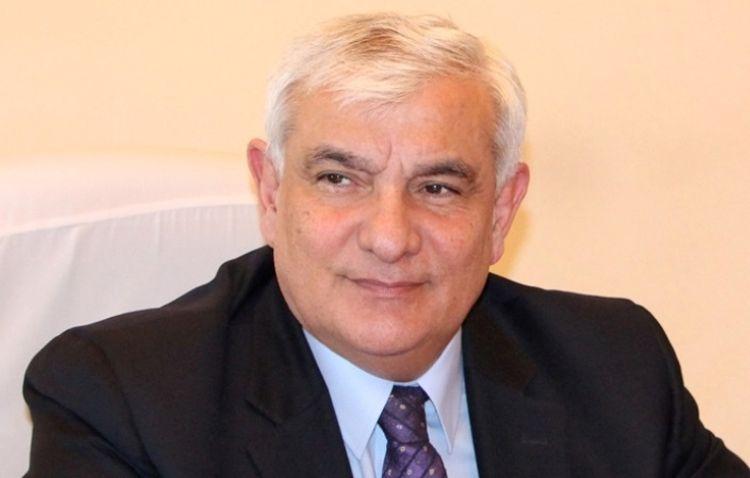Kamal Abdullanın yeddi cildliyinin birinci cildi nəşr edildi