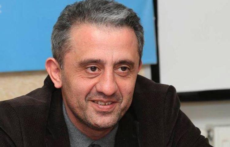 """Səlim Babullaoğlu: """"Oxucuma cavab verə bilmədim"""" - Müsahibə"""