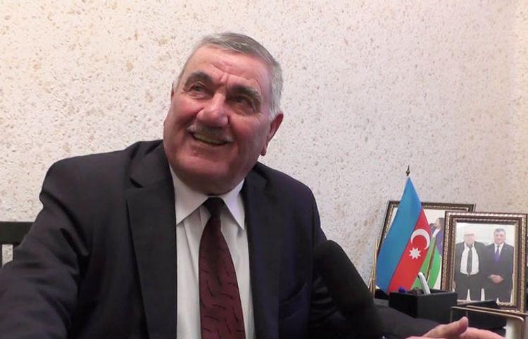 """Füzulidən olan 82 yaşlı şair: """"Evim dağılıbsa, kolun dibində yaşayaram"""" – Müsahibə"""