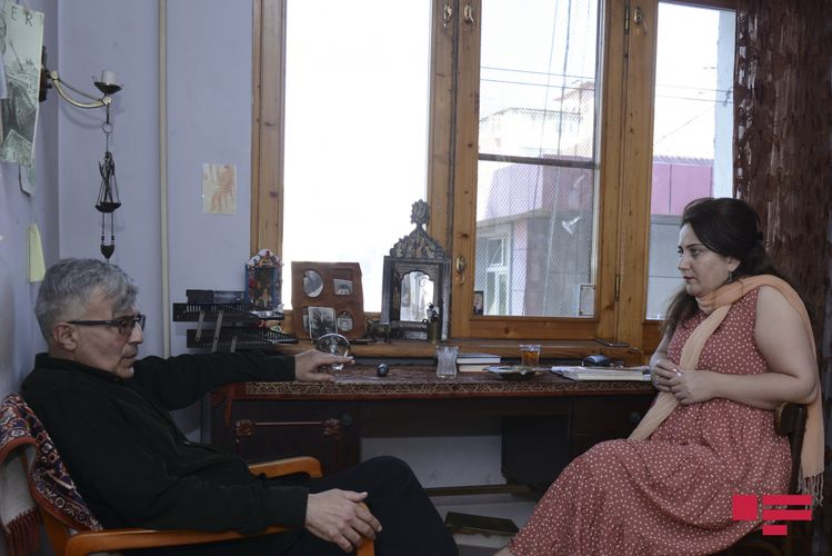 """Həmid Herisçi: """"O bayrağı Yazıçılar Birliyinə sancmışam"""" – Müsahibə"""