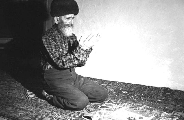 136 yaşında ata oldu, öləndə nəvəsinin 100 yaşı vardı... – Dünyanı heyrətə gətirən azərbaycanlı