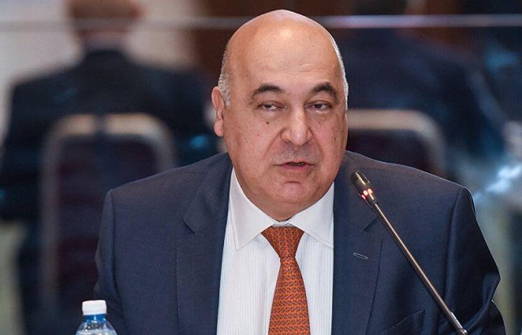"""Çingiz Abdullayev məşhur rejissordan yazdı: """"Səni işıqlı xatırlayacam!"""""""