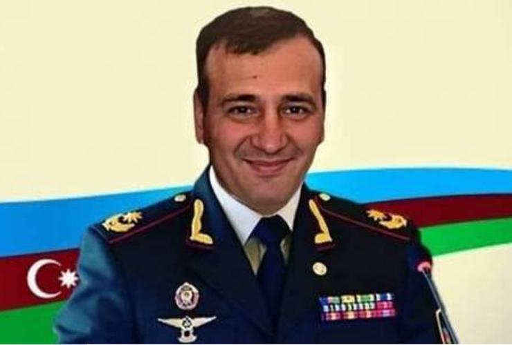 Gülümsə, ey general!