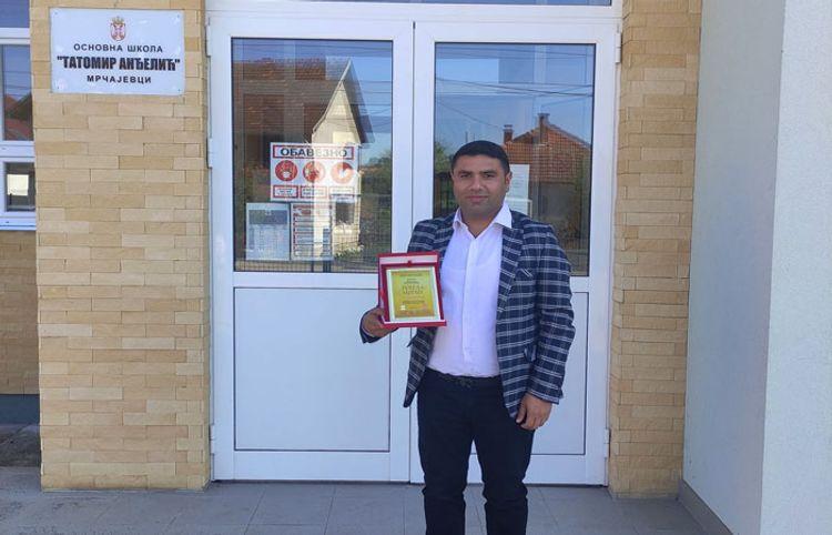 Azərbaycanlı şair Serbiyada mükafat aldı, fəxri vətəndaş seçildi
