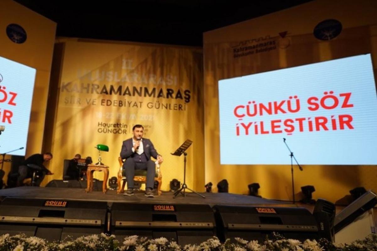 Azərbaycanlı şair beynəlxalq şeir festivalında