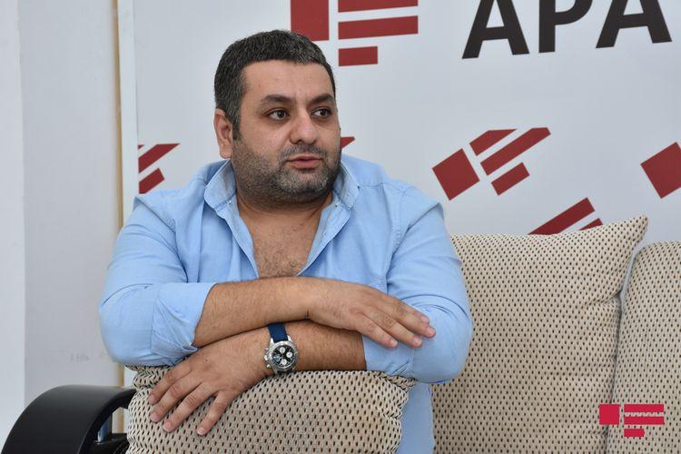 """Aktyor Elcan Rəsulov: """"Afaq Bəşirqızı mənə dedi, çıx get burdan"""" – Müsahibə"""